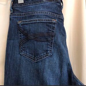 Eddie Bauer blue jeans in 10 long
